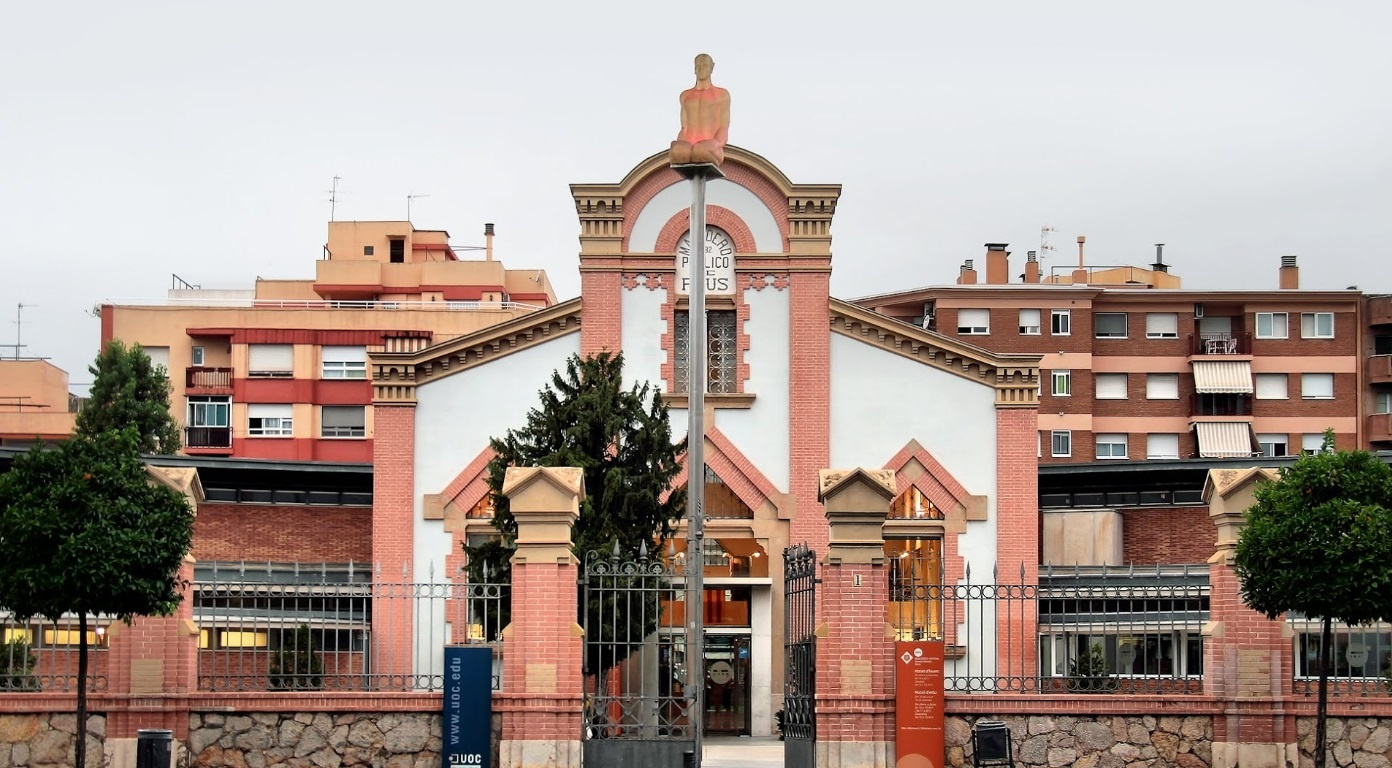 Valorar el servei Cuidado y conservación de los edificios públicos en Reus